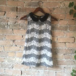 B&W Collard Sleeveless Top by New Look